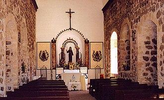Misión Santa Rosalía de Mulegé - Mission interior.