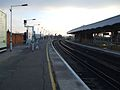 Selhurst station slow platforms look south2.JPG