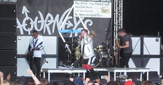 Set It Off (band) - Image: Set It Off performing in 2015 Photo by Peter Dzubay