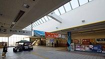 Shin-Tokorozawa Station concourse inside ticket barriers 20131116.JPG