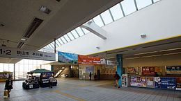 Shin-Tokorozawa Station concourse inside ticket barriers 20131116.JPG