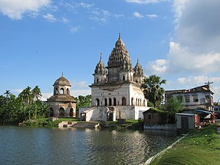 Shiva temple at Puthia, Rajshahi.JPG