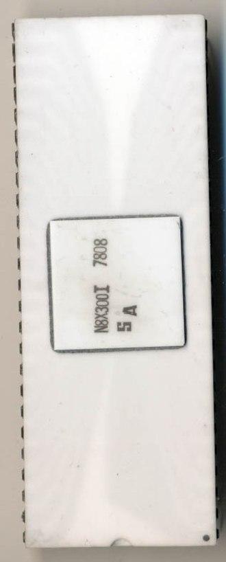 Signetics 8X300 - Image: Signetics N8X300I 78081