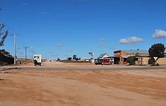 Silverton, New South Wales - The main crossroads in Silverton, with the Siverton Hotel on the right