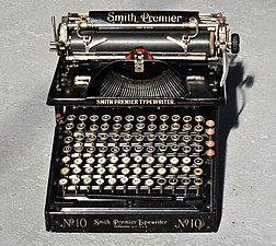 Smith Premier Typewriter No. 10 with Cyrillic letters 02