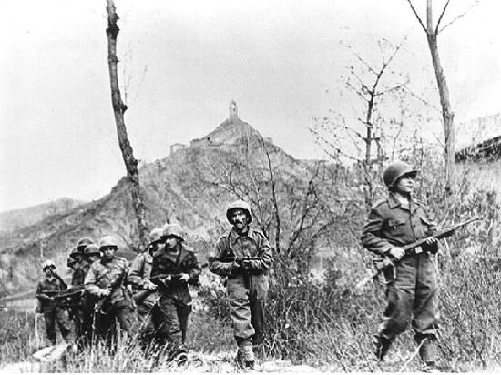 Soldados da FEB no segundo asalto da batalha de Monte Castelo