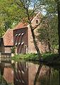 Speicher am Haus Welbergen, die beiden Torpfeiler stehen ebenfalls in der Liste der Baudenkmäler.jpg