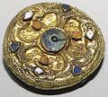 Spilla a disco, oro e bronzo, arte franca.JPG