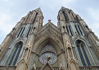 St. Philomena's Cathedral, Mysore - Image: St. Philomena's Church, Mysore 04