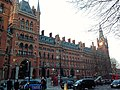 St Pancras Station London - 1 (13465598124).jpg