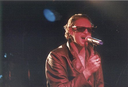 Original vocalist Layne Staley performing with Alice in Chains at The Channel in Boston in 1992. Staley01.jpg