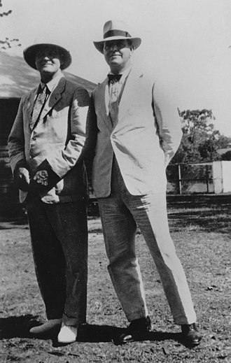 Evans Deakin and Company - Daniel Evans and Arthur Deakin at an EDCO (Evans Deakin and Company) picnic at Lone Pine, 1930
