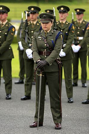 Modern Irish Army uniform - Ceremonial party in service dress