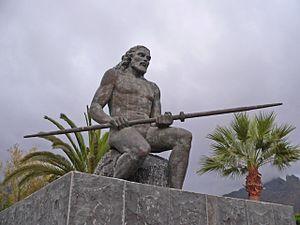 Tinerfe - Statue of Tinerfe (Adeje, Tenerife).