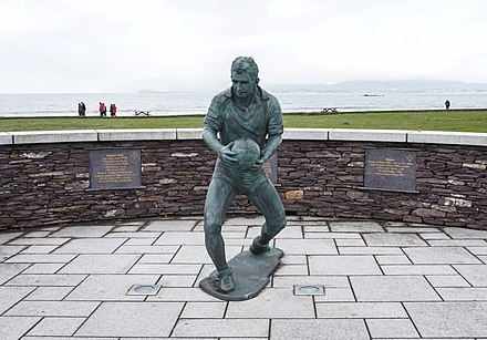 Mick O'Dwyer statue Statue of Mick O'Dwyer in Waterville.jpg