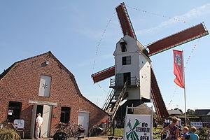Hechtel-Eksel - Image: Stermolen, Eksel met molenhuisje