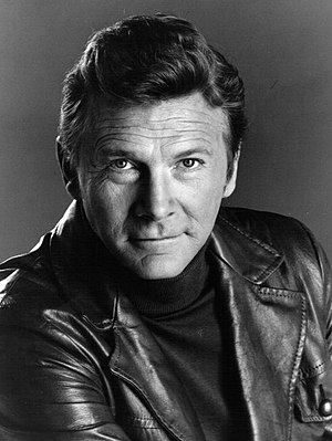 Steve Forrest (actor) - Steve Forrest in a publicity photo for S.W.A.T. in 1975