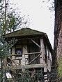 Summerhouse on high bank - geograph.org.uk - 1136907.jpg