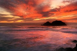 Sunset at Land's end in San Francisco.jpg
