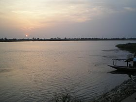 Sunset on Volta river, Sogakope, Ghana.jpg