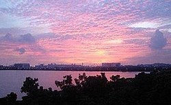 Sunset view of Pandan Reservoir from Teban Gardens, Singapore.jpg