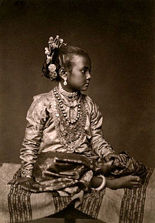 Langa voni traditional South Asian dress