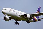 Thai Airways, Boeing 777-200 HS-TJG NRT (20904619883).jpg