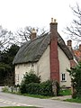 Thatched cottage - geograph.org.uk - 702066.jpg