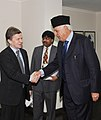The Minster of Economic Affairs, Finland, Mr. Mauri Pekkarinen meeting the Union Minister of New and Renewable Energy, Dr. Farooq Abdullah, in New Delhi on November 26, 2009.jpg
