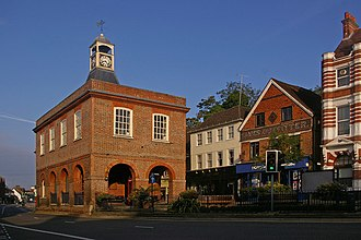Reigate - Image: The Old Town Hall geograph.org.uk 1042854