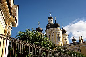 The Vladimirskaya Church in Saint Petersburg.jpg, автор: Senapa