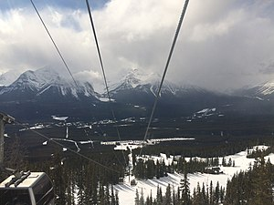 Lake Louise Ski Resort - Image: The snow falling on the other mountains