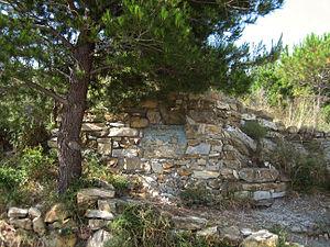 Colla Micheri - Thor Heyerdahl's tomb at Colla Micheri