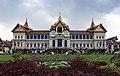 Throne Hall (Phra Thinang Chakri Maha Prasat) พระที่นั่งจักรีมหาปราสาท, Bangkok.JPG