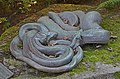Tierpark Hagenbeck Schlangenplastik.jpg