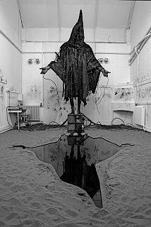 Tim Shaw (sculptor) British artist