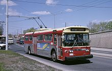 A route 89 TTC trolleybus on Weston Road north of Albion Road/Walsh Avenue travelling southbound in 1987
