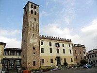 Torre della Rocca e Palazzo Tiso (Camposampiero) 02.jpg