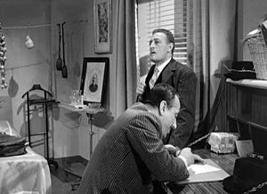 Toto, Peppino, and the Hussy - Totò and Peppino De Filippo in a scene of the film