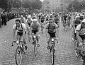 Tour de France, na de start Van Breenen , Wagtmans, Bestanddeelnr 906-5834.jpg
