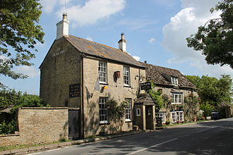 Trout Inn, Lechlade - The Trout Inn from the A417