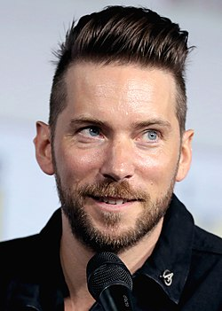 Troy Baker SDCC 2019 (48378482146) (cropped).jpg