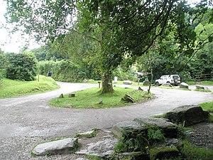 Turning circle at Tarr Steps - geograph.org.uk - 926337.jpg