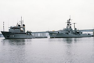 USNS Apache (T-ATF-172) - Image: USS Barry (DD 933) towed by USNS Apache (T ATF 172)
