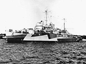 USS Gardiners Bay (AVP-39)