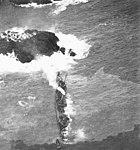 USS Worden (DD-352) aground off Amchitka in January 1943.jpg