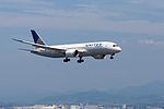 United Airlines, B787-8 Dreamliner, N26906 (18434805282).jpg