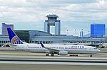 United Airlines Boeing 737-924-ER N38424 (cn 37095-2651) (5752767529).jpg