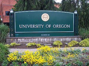 UO sign near the corner of Franklin Blvd. and Agate St.