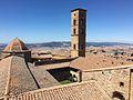 Veduta esterna sul retro, Palazzo dei Priori (3).jpg